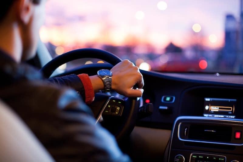 Las mejores ideas de negocios conducen un Uber